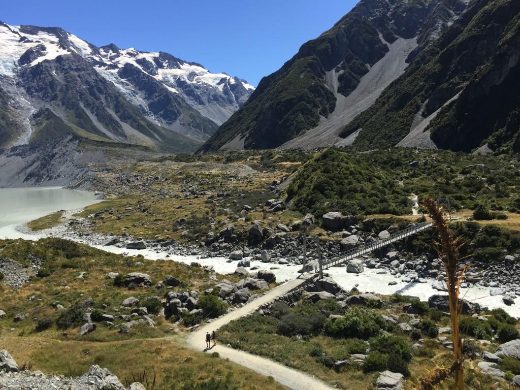 New Zealand: Lake Pukaki, Tasman Glacier, Mount Cook & Hooker Valley Track